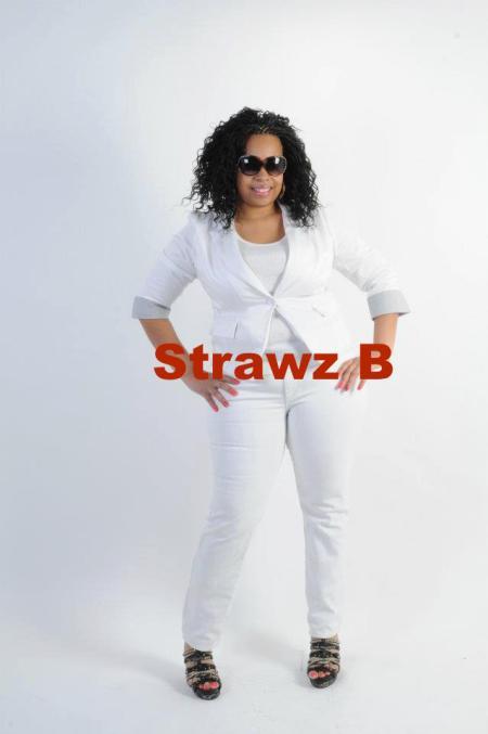 strawz b all white 4